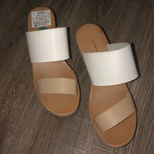 Size 7 Chinese Laundry Platform Sandals